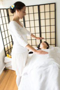Reiki healing by Emmanuelle Matsumura